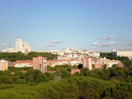 Vista de la plaza de España y el Palacio Real
