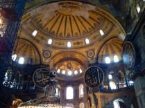 Cúpula de Santa Sofia, Virgen con el Niño junto a Alá es grande