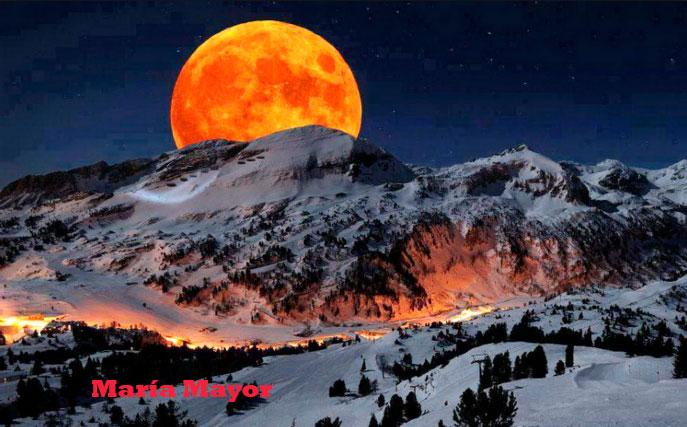 El regalo del día de Navidad: Luna llena por primera vez en 40 años. Luna fría