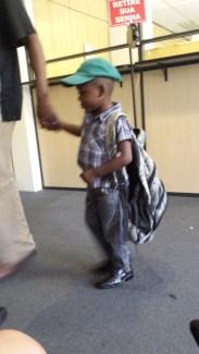 Lindo con su mochila
