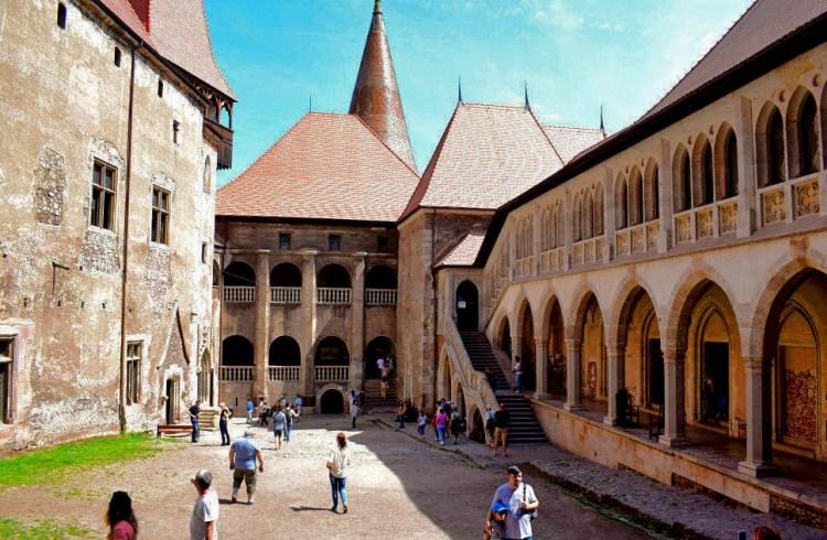 Inside the Corvin Castle courtyard