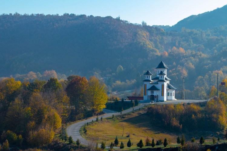 Biserica Ponoarele