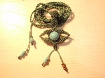 Macramé eye necklace