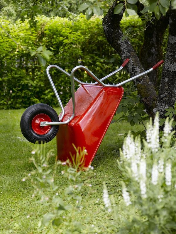INTERIØRTIPS: Maling på metall i hagen