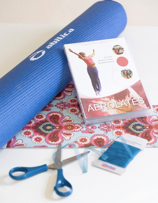 Temagave, her yogamatte pluss yoga-DVD