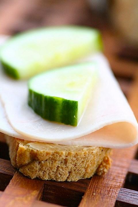 Ingeniørfruens-frokost-med-fint-brød-av-brødmix