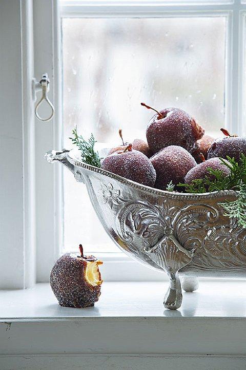 Frostede epler i bolle