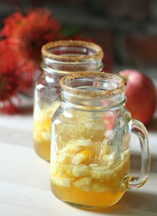 HØSTDRINK-med-eple,-kanel-og-lønnesirup kopi