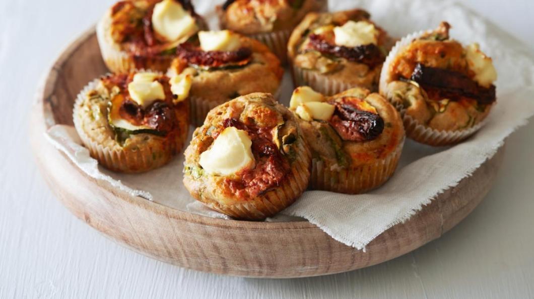 Matmuffins med kefir, spinat og chevre