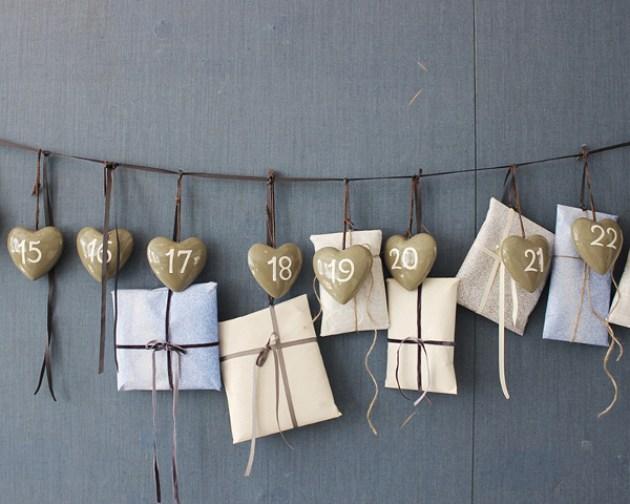 012 DIY Adventskalender nummererte hjerter Foto Broste Copenhagen