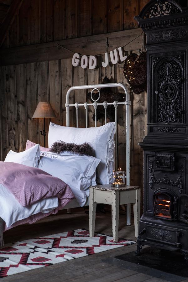 013 Julepyntet soverom på hytta Foto Home & Cottage