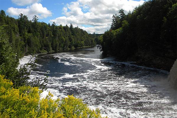 tahq-upper-falls-suds