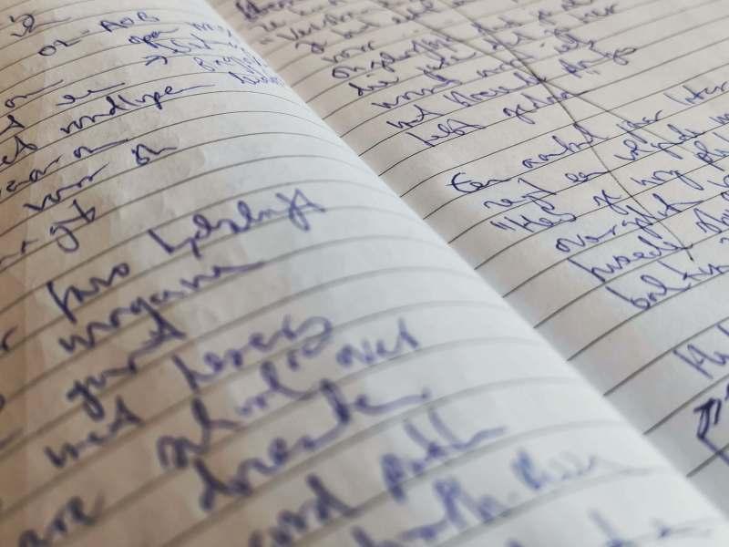 Schrift met gedichten.