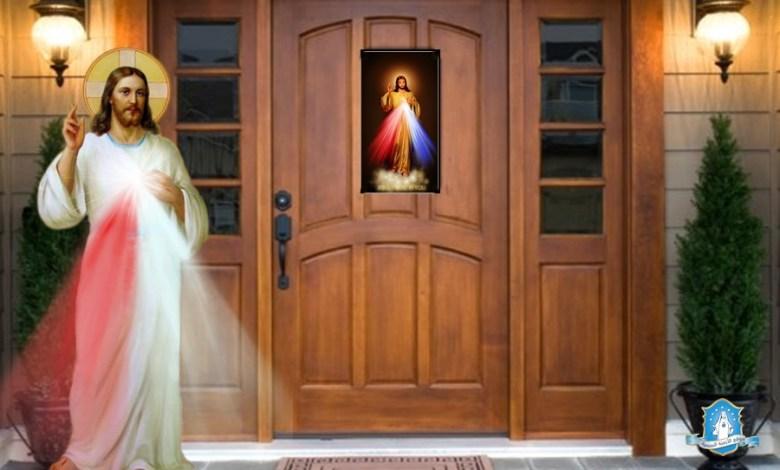 Photo of هل لديكم صورة الرحمة الإلهية؟ علّقوها على الأبواب لتنالوا وعد يسوع بحماية عجائبية من كل شر