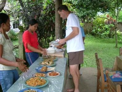 Bali Nov 2003 Maria-Pat0055