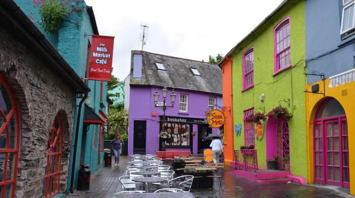 Färgglada hus i centrum i Cork