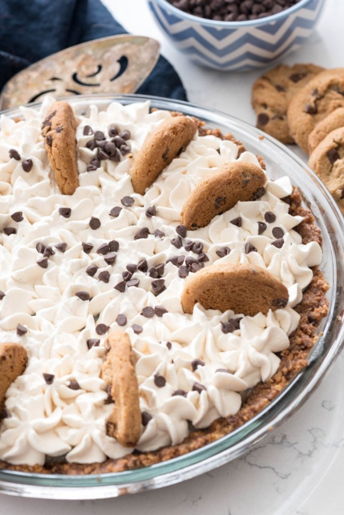 No-Bake-Chocolate-Chip-Cookie-Pudding-Pie-1-of-6-768x1151