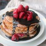 RASPBERRY PANCAKES WITH CHOCOLATE GLAZE