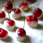 PRETTY WHITE CHOCOLATE COVERED CHERRIES