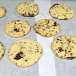 GIANT CAKE MIX CHUNKY CHIP COOKIES