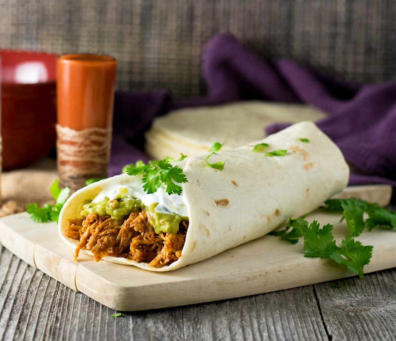 shredded-chicken-burrito-with-guacamole-filling