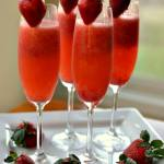 Easy Frosty Strawberry Mimosas