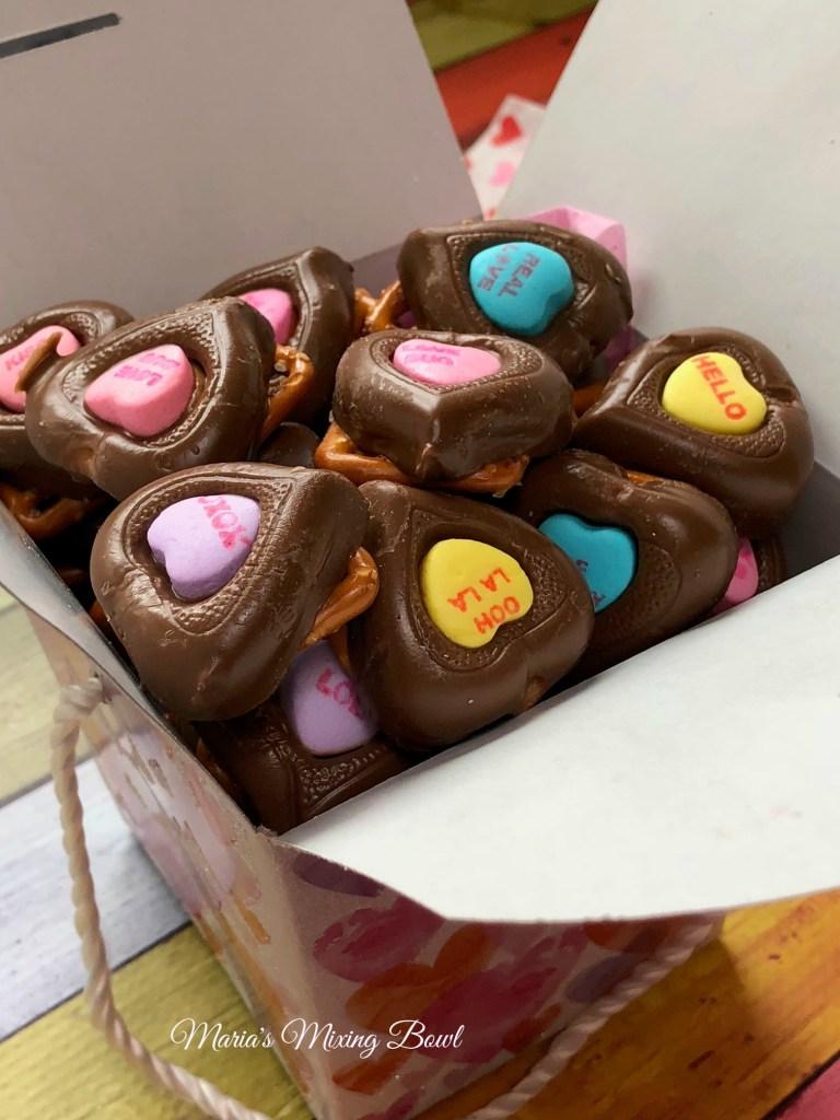 Valentine Chocolate Pretzel Hearts Maria S Mixing Bowl