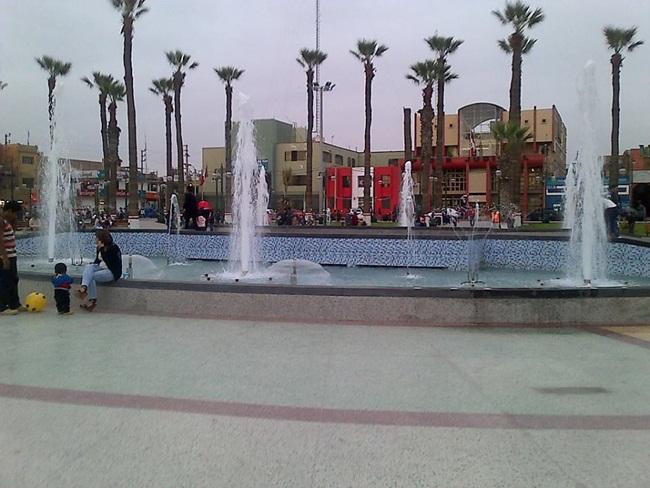 plaza-de-armas-chincha-8