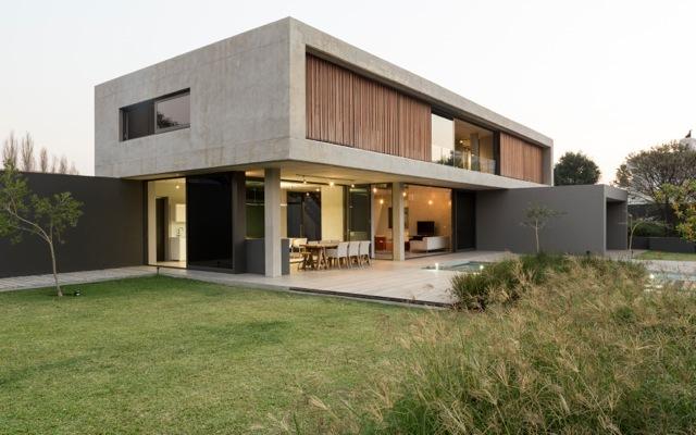 Residential Design Inspiration: Modern Concrete Homes