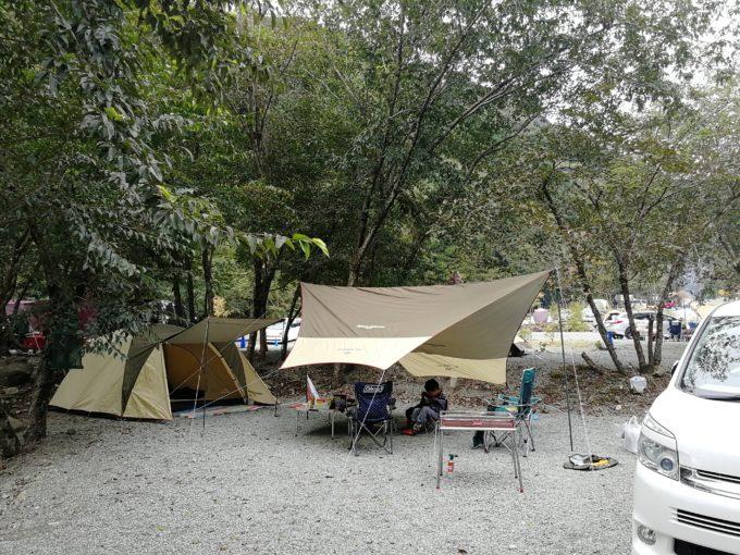 キャンプ バウアーハウスジャパン 区画サイト