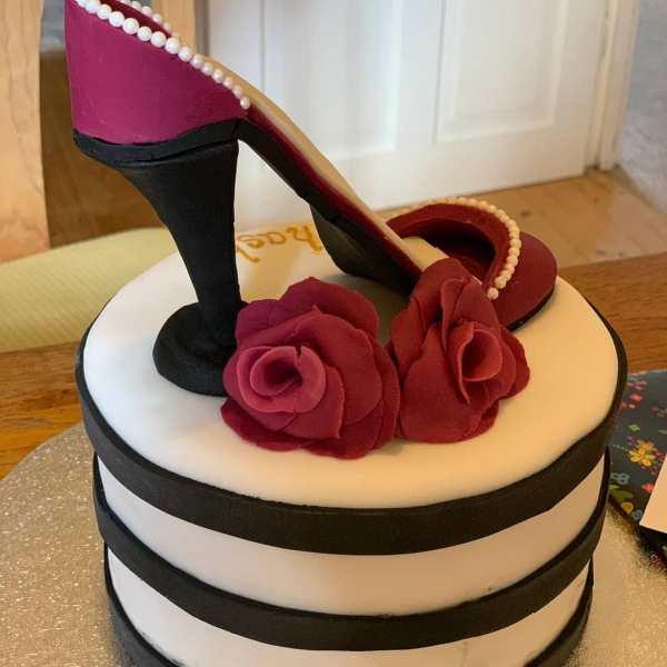Shoe cake 4