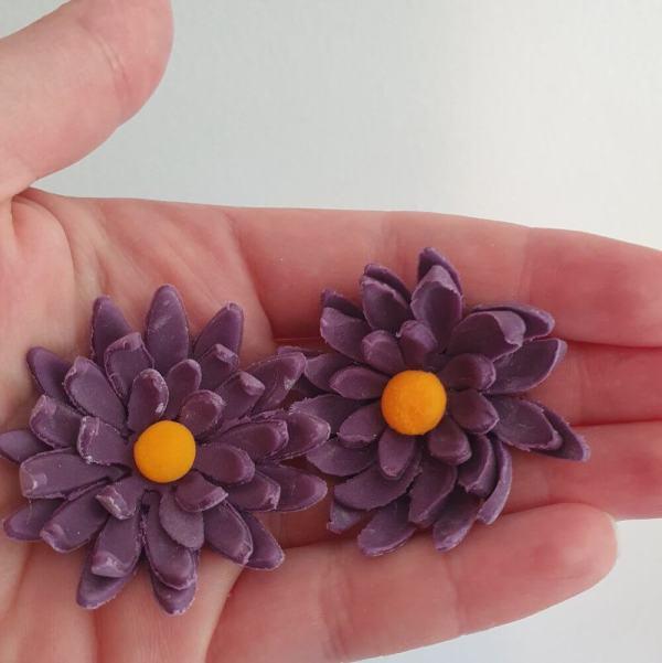Fondant chrysanthemums Marie Makes