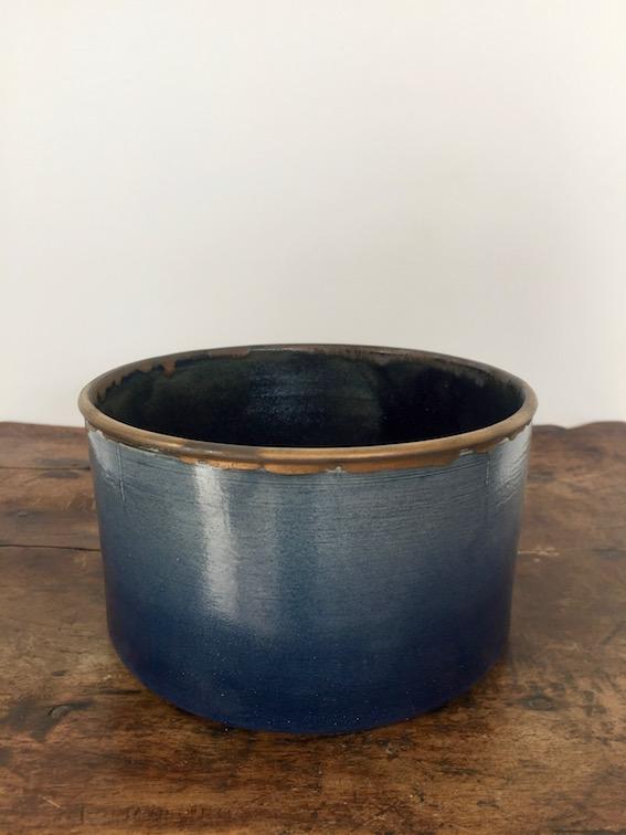 Plat, collection Encre Bleue