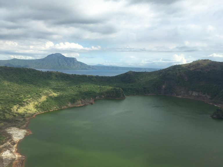 Travel Philippines: A trip to Taal Volcano