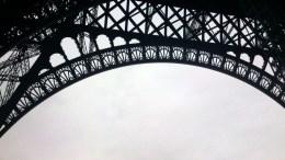 5. De Eiffeltoren beklimmen