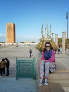 Posing next to the Mohammed V mausoleum and the Hassan tower - Rabat
