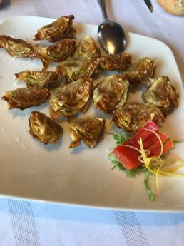 Fried artichokes at Trinkete Borda