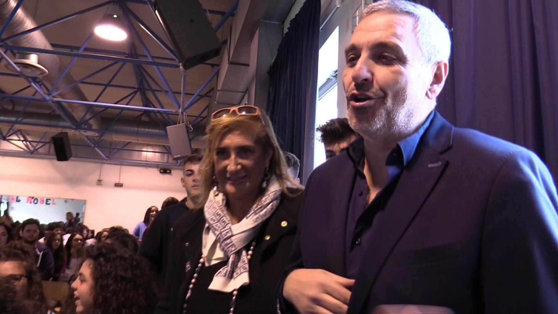 Maurizio De Giovanni incontra gli studenti del Liceo Nobel – Il video
