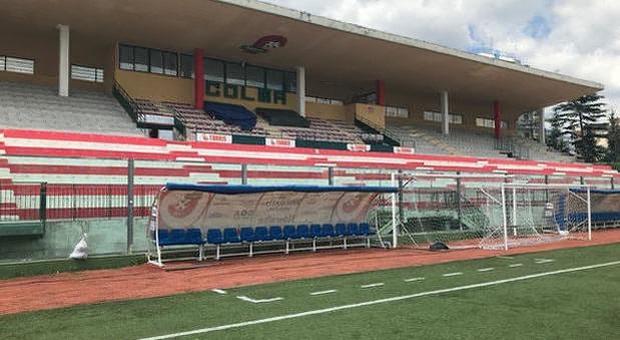 La tribuna dello stadio Liguori restituita alla Turris: il magistrato firma il dissequestro