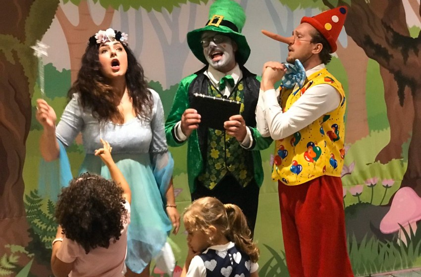 Carnevale a teatro con fiabe, principesse, burattini e cartoni animati