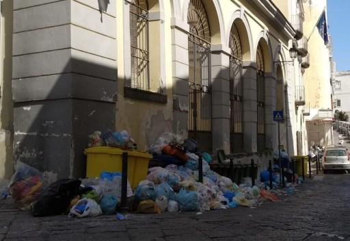 rifiuti-torre-del-greco-mariella-romano-cronaca-e-dintorni