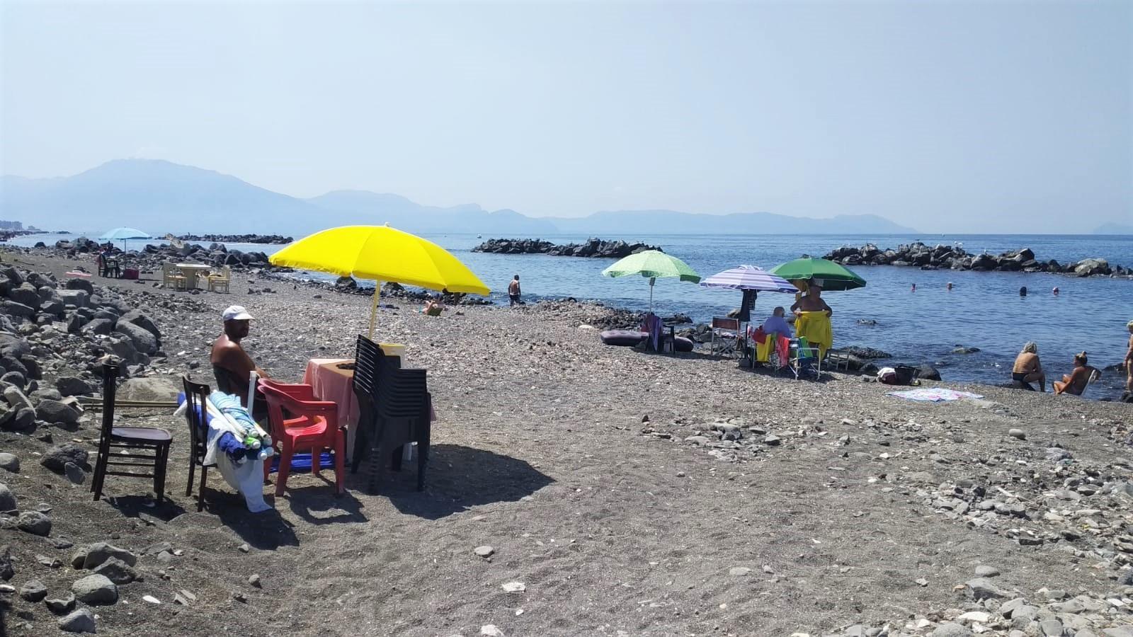 Rissa in spiaggia, ferita anche una donna ma nessuno ha presentato denuncia