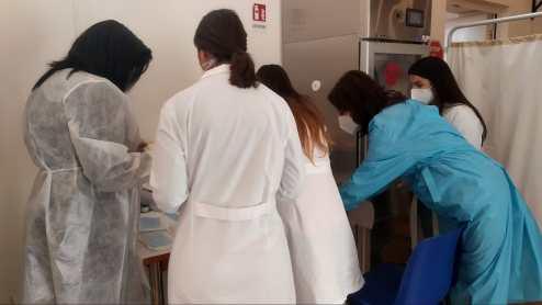 centro-vaccini-santissima-trinità-torre-del-greco-mariella-romano-cronaca