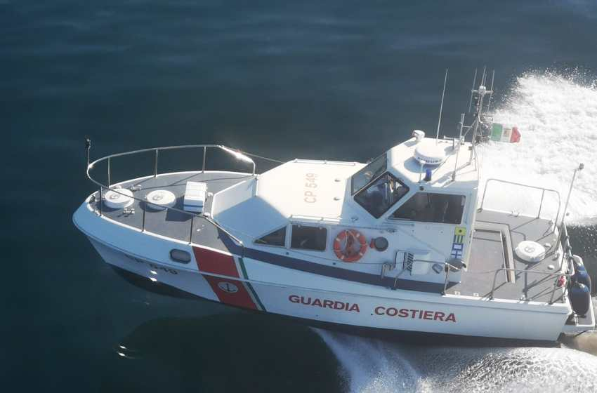 Weekend di paura in mare: otto persone messe in salvo dalla Guardia Costiera