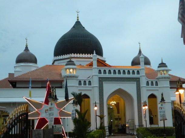 Masjid Kapitan Keling along Jalan Buckingham