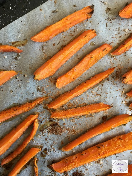 Carottes rôties à l'ail et au thym - la recette aussi rapide que savoureuse