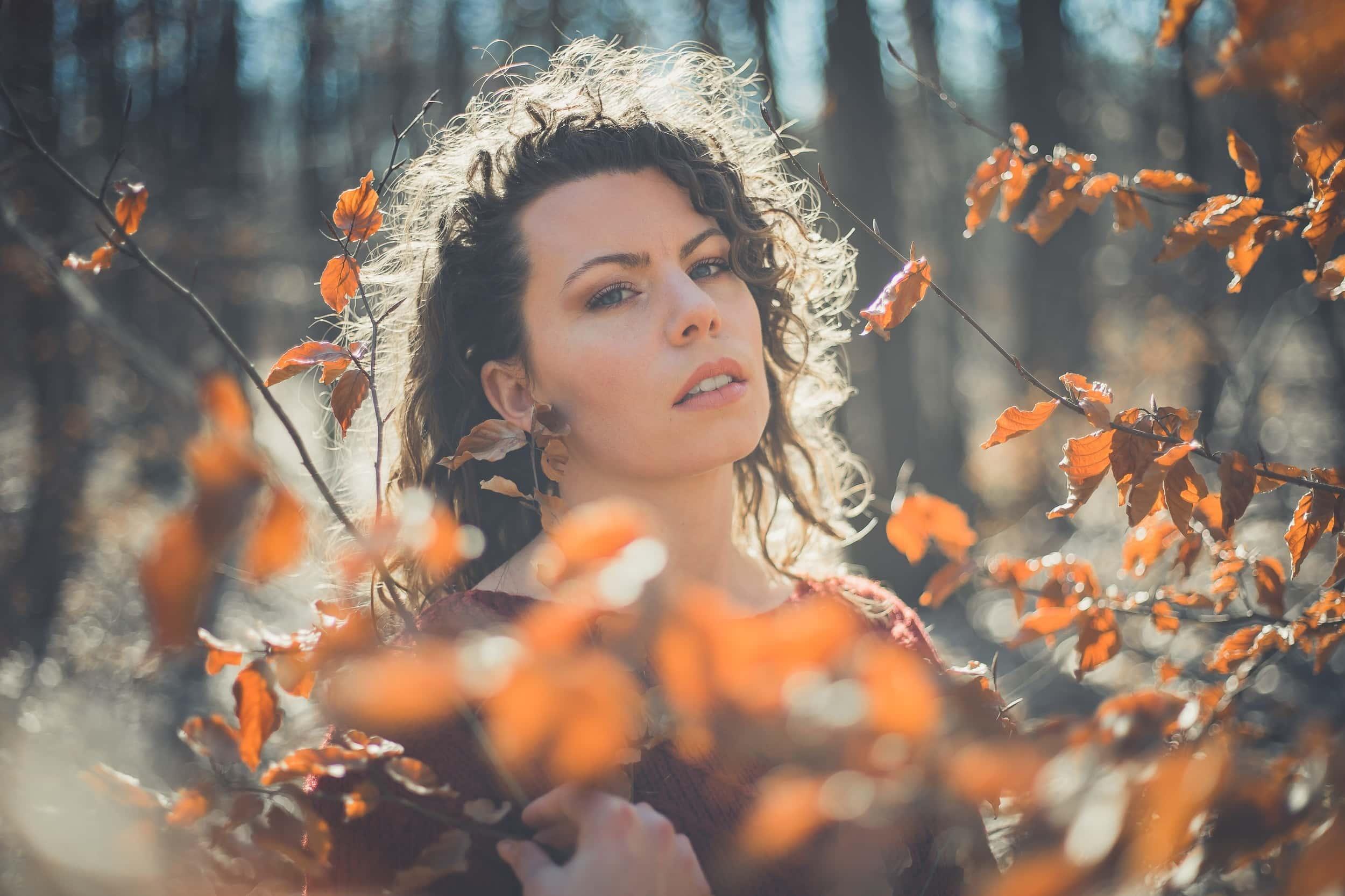 Portrait de femme en extérieur