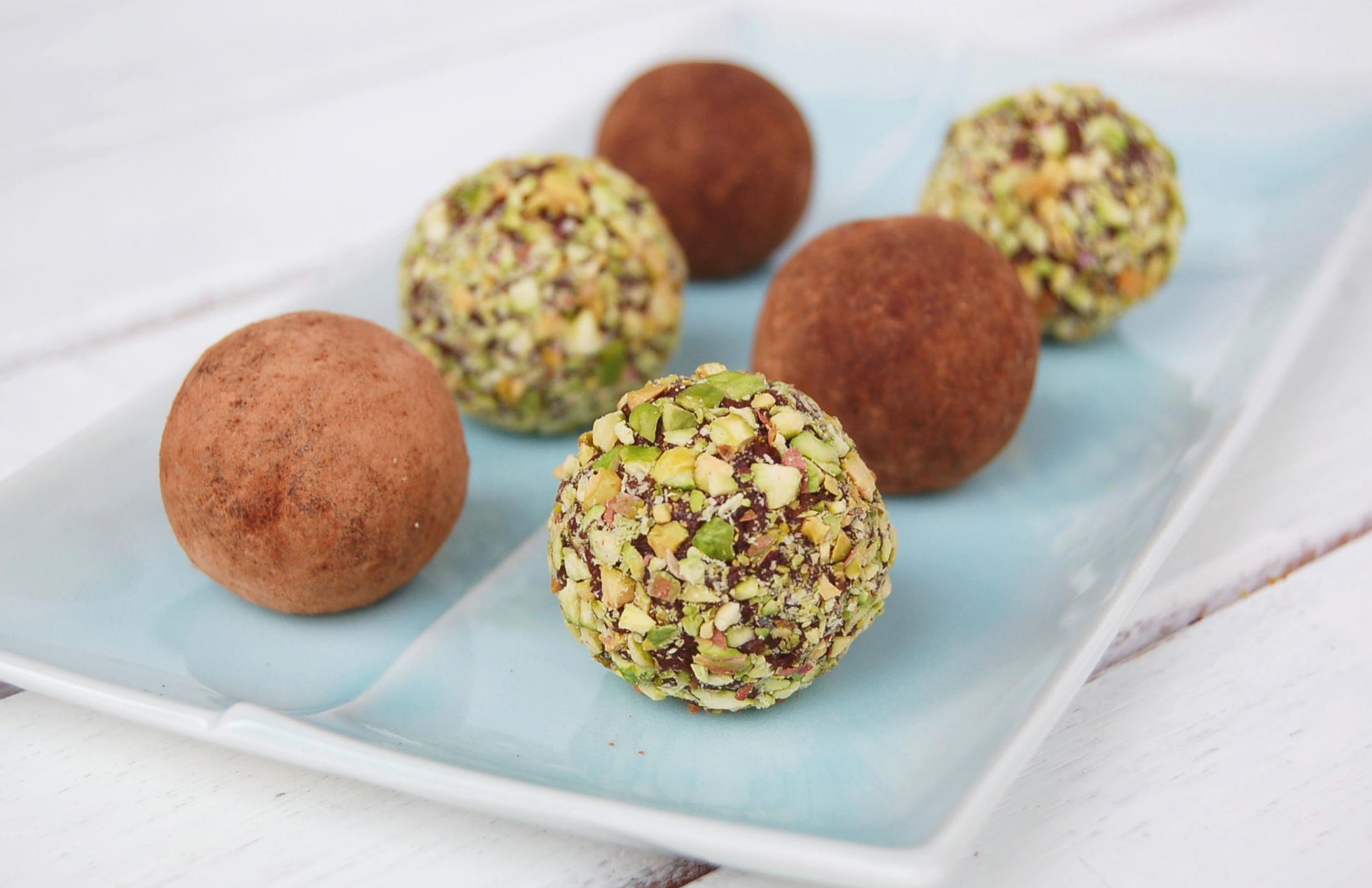 mari-jasmine-cacao-truffles3