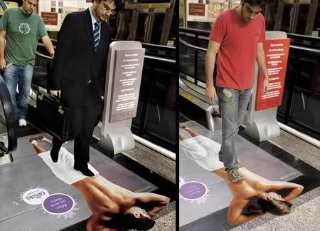 Massage op de roltrap