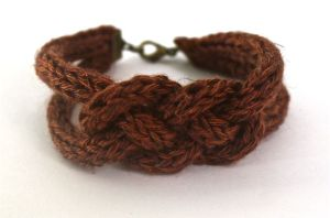 Bracelet tricotin 1